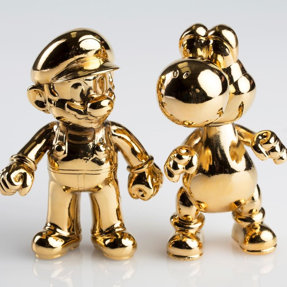 Electroforme and gold plated plastic Super Mario and Yoshi figures