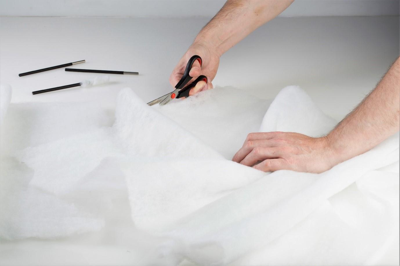 Bundle of white swabbing material for electroplating